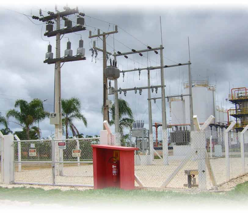montagem-subestacoes2-Planel-engenharia-elétrica-solar-imagem